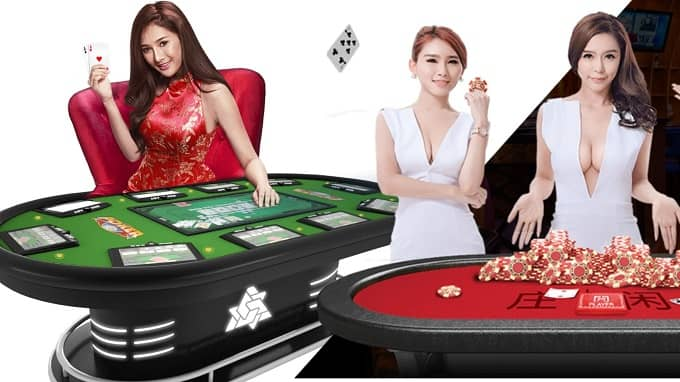 What are the responsibilities of casino dealers?
