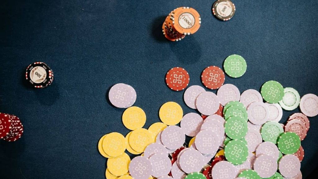 What is the best Craps strategy to win?
