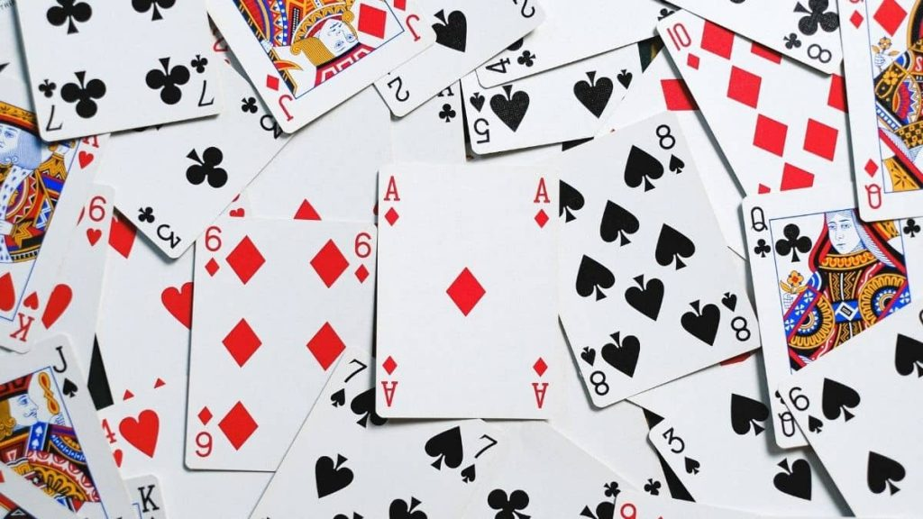 What does it mean to count cards?