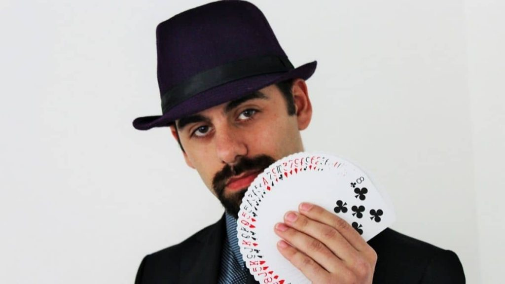 Can you use Blackjack tricks to increase your odds of winning?