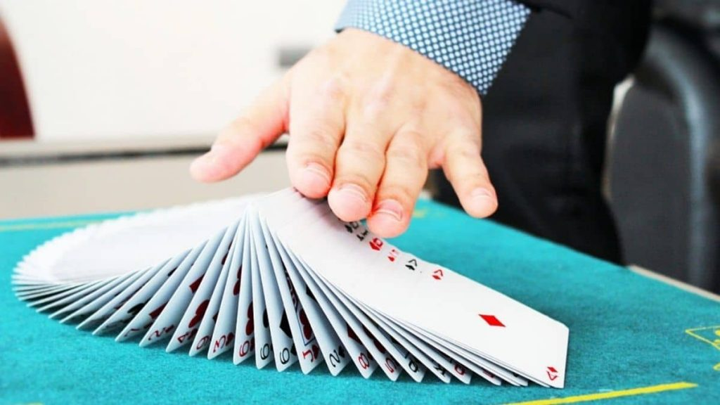 What is the counting card trick?